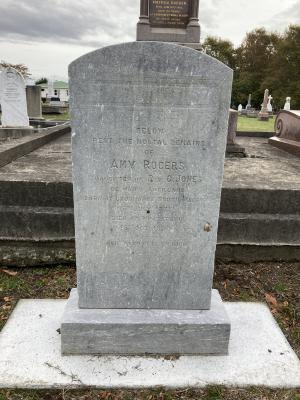 Picture of Makaraka cemetery, block MKB, plot 227.