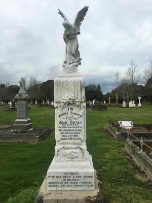 Picture of Makaraka cemetery, block MKC, plot 1378.