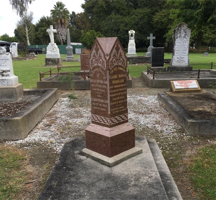 Picture of Makaraka cemetery, block MKC, plot 932.