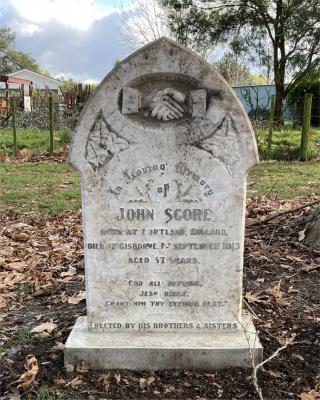Picture of Makaraka cemetery, block MKE, plot 1541.