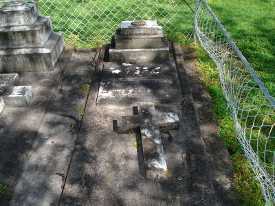 Picture of Makaraka cemetery, block MKF, plot 989.