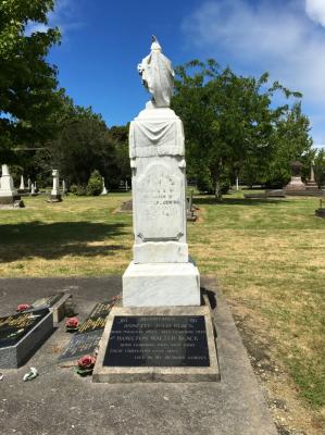 Picture of Makaraka cemetery, block MKG, plot 380.