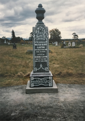 Picture of Makaraka cemetery, block MKH, plot 246.
