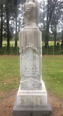 Picture of Makaraka cemetery, block MKI, plot 863.