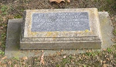 Picture of Makaraka cemetery, block MKM, plot 1046.