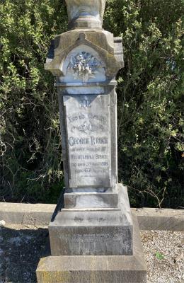 Picture of Ormond cemetery, block ORM1, plot 9.