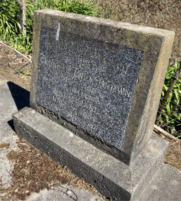 Picture of Ormond cemetery, block ORM2, plot 16.