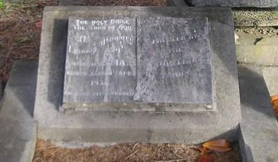Picture of Ormond cemetery, block ORM3, plot 6.