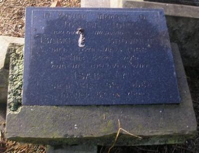 Picture of Ormond cemetery, block ORM3, plot 67.