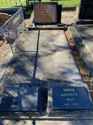 Picture of Ormond cemetery, block ORM3, plot 73.