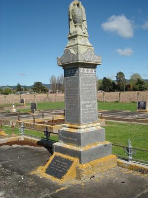 Picture of Patutahi cemetery, block PATG, plot 27.