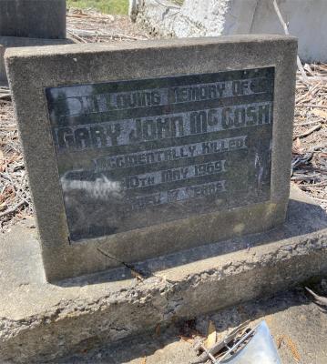 Picture of Ruatoria cemetery, block RUAA, plot 17A.
