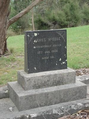 Picture of Ruatoria cemetery, block RUAA, plot 23.
