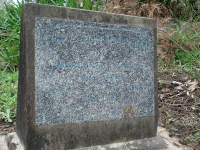 Picture of Ruatoria cemetery, block RUAA, plot 34.
