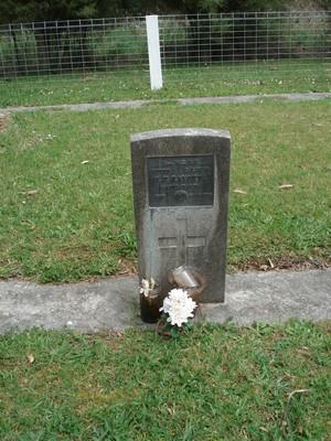 Picture of Ruatoria cemetery, block RUARS, plot 4.