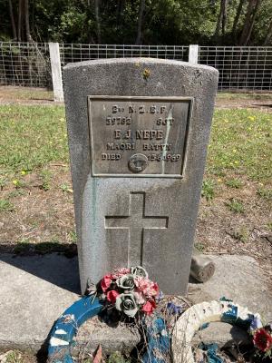 Picture of Ruatoria cemetery, block RUARS, plot 5.