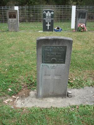 Picture of Ruatoria cemetery, block RUARS, plot 6.
