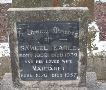 Picture of Taruheru cemetery, block 10, plot 64.