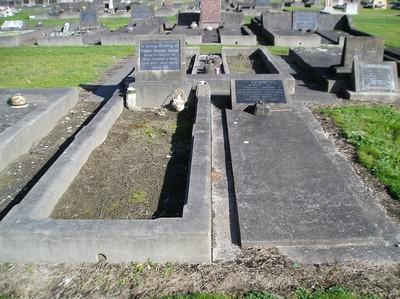 Picture of Taruheru cemetery, block 11, plot 54.