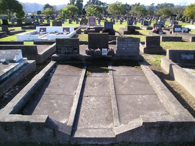 Picture of Taruheru cemetery, block 12, plot 116.