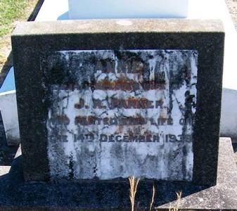 Picture of Taruheru cemetery, block 12, plot 67.