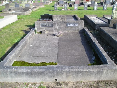 Picture of Taruheru cemetery, block 13, plot 6.