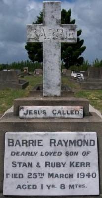 Picture of Taruheru cemetery, block 13, plot 9.
