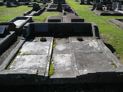 Picture of Taruheru cemetery, block 14, plot 109.
