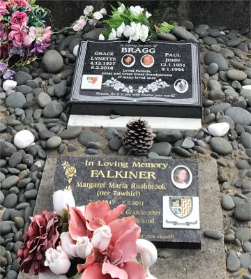 Picture of Taruheru cemetery, block 14, plot 115.