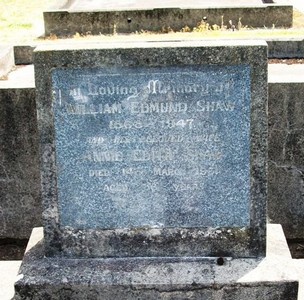 Picture of Taruheru cemetery, block 15, plot 85.