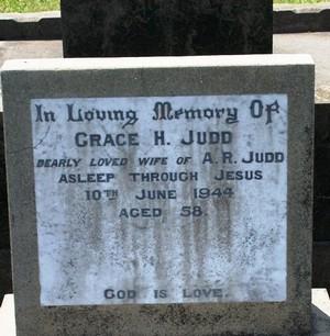 Picture of Taruheru cemetery, block 16, plot 54.