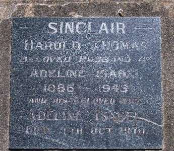 Picture of Taruheru cemetery, block 17, plot 11.
