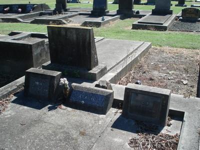Picture of Taruheru cemetery, block 20, plot 107.