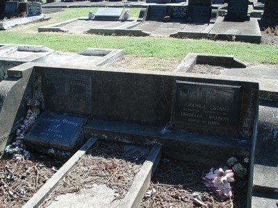 Picture of Taruheru cemetery, block 20, plot 181.