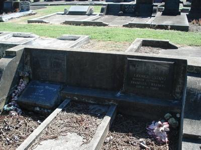 Picture of Taruheru cemetery, block 20, plot 182.