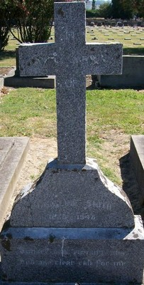 Picture of Taruheru cemetery, block 21, plot 274.