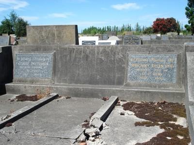 Picture of Taruheru cemetery, block 21, plot 308.