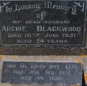 Picture of Taruheru cemetery, block 22, plot 105.