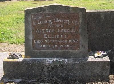 Picture of Taruheru cemetery, block 22, plot 154.