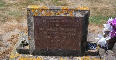Picture of Taruheru cemetery, block 22, plot 237.