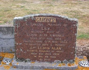 Picture of Taruheru cemetery, block 22, plot 267.