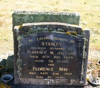 Picture of Taruheru cemetery, block 22, plot 423.