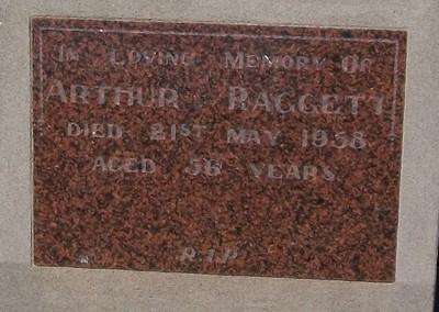 Picture of Taruheru cemetery, block 25, plot 295.