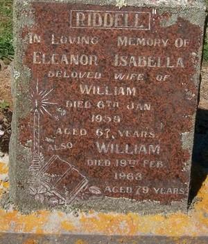 Picture of Taruheru cemetery, block 25, plot 332.