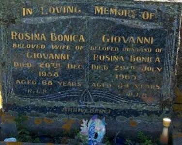 Picture of Taruheru cemetery, block 25, plot 382.