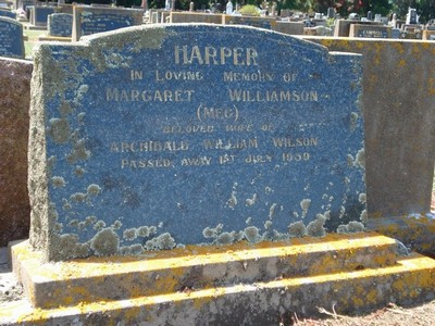 Picture of Taruheru cemetery, block 25, plot 438.