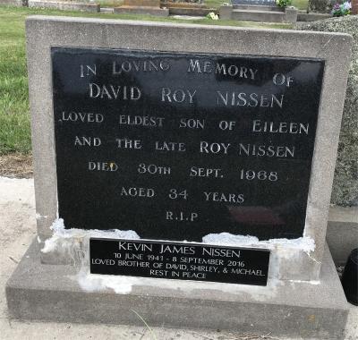 Picture of Taruheru cemetery, block 25, plot 486.