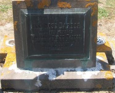 Picture of Taruheru cemetery, block 26, plot 176.