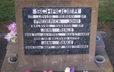 Picture of Taruheru cemetery, block 26, plot 261.