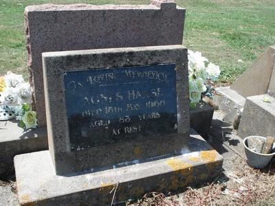 Picture of Taruheru cemetery, block 26, plot 358.